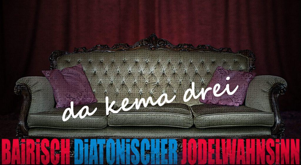 Titel-Kontakt (leeres Sofa vor Vorhang)